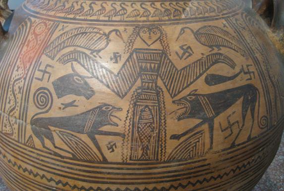 یکی از ظروف یونانی با قدمت بیش از دو هزارسال، موزه ی آتن، یونان